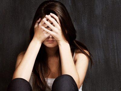 Các triệu chứng cảnh báo bệnh teo não 2