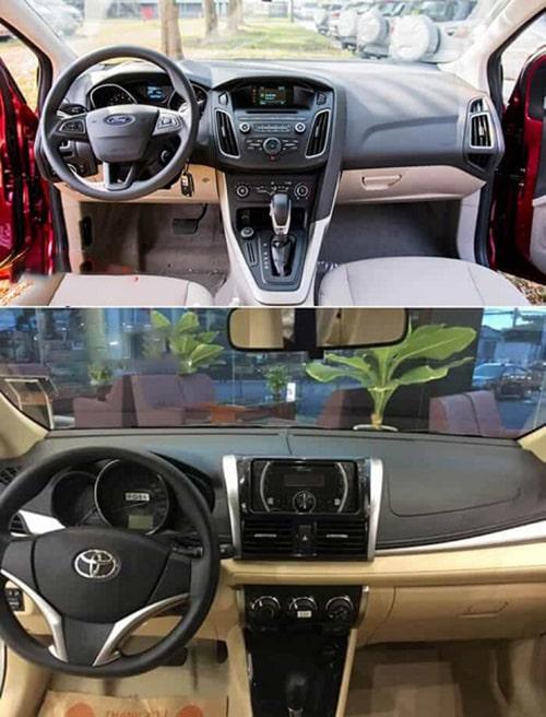 Vô lăng của Ford Focus và Toyota Vios đều được trang bị loại 3 chấu