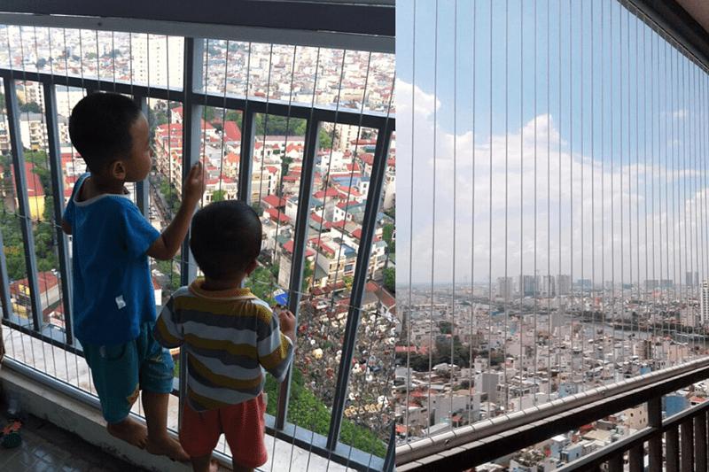 Gia đình có trẻ nhỏ cần ưu tiên lắp đặt lưới bảo vệ cửa sổ